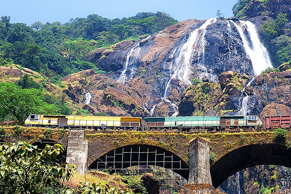 10 estaciones ferroviarias más bellas de India