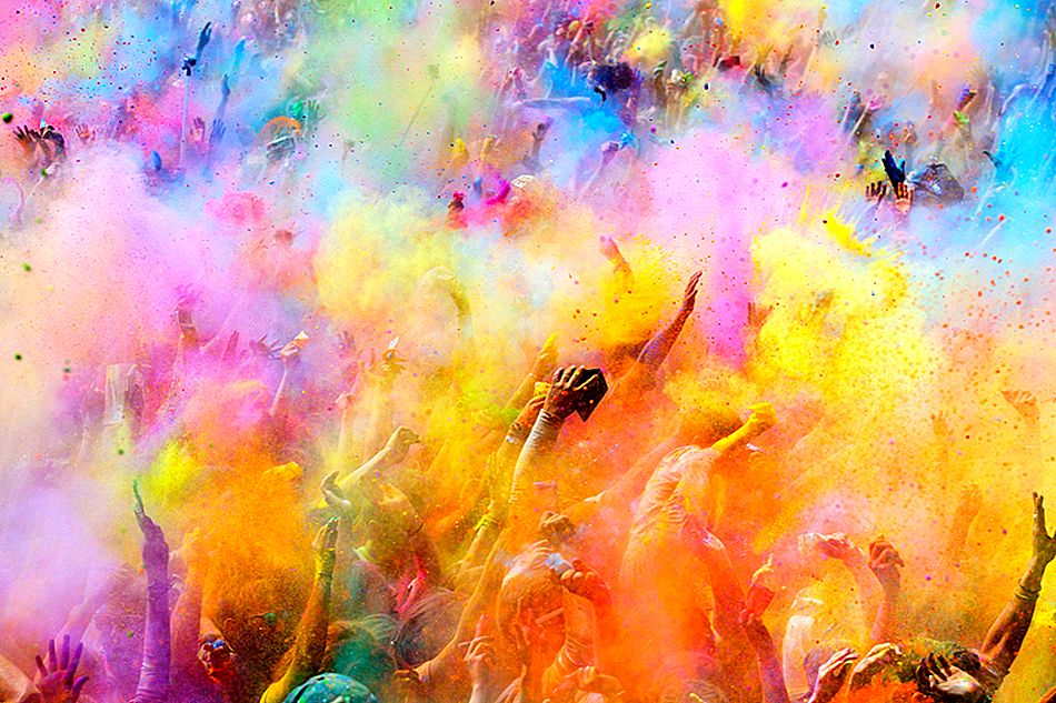 Música, colores y alegría: Holi Celebrations In India!