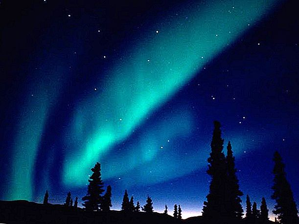 Hot News - 2013 on kirkkaimmat Northern Lights!