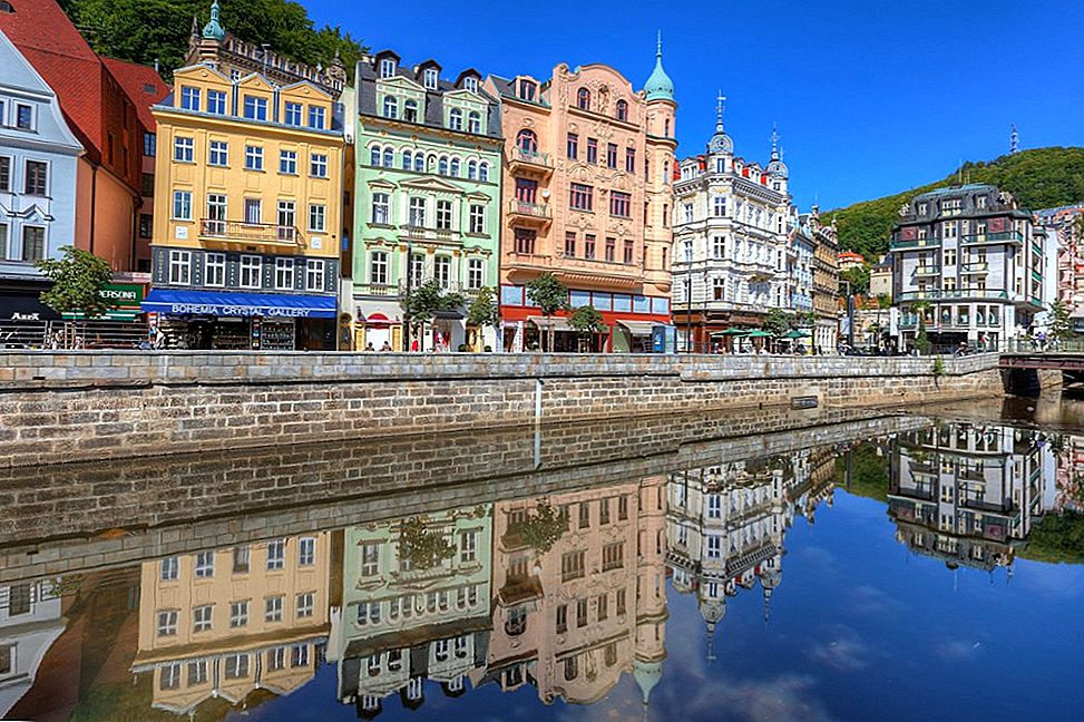 Karlovy Vary-The Hot, Steamy Town