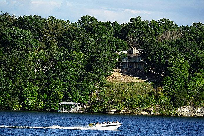 9 topbezienswaardigheden en -activiteiten in Lake of the Ozarks