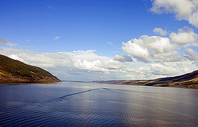 Besök Loch Ness: 8 Top Attractions & Fun Tours