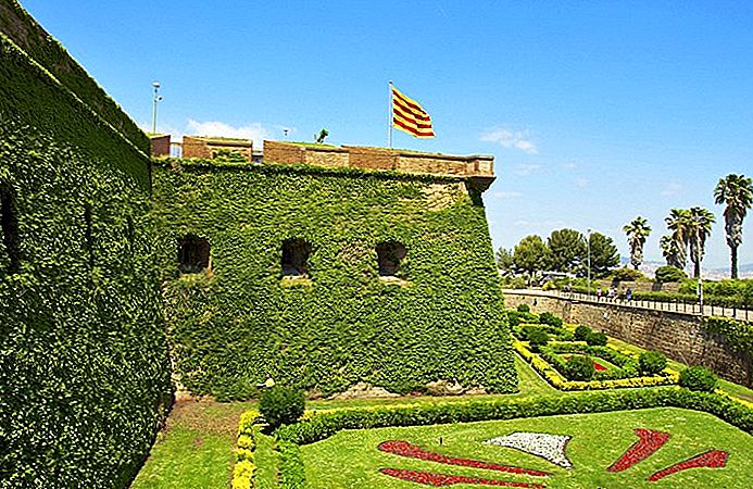 Visiter Montjuïc, Barcelone: ​​11 Top Attractions, Tours & Hôtels
